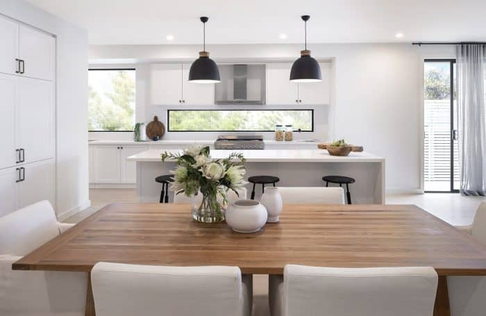 Dining and kitchen area in the Overture Flair with Aspire Façade at Homeworld Warnevale (Hamlyn Terrace)