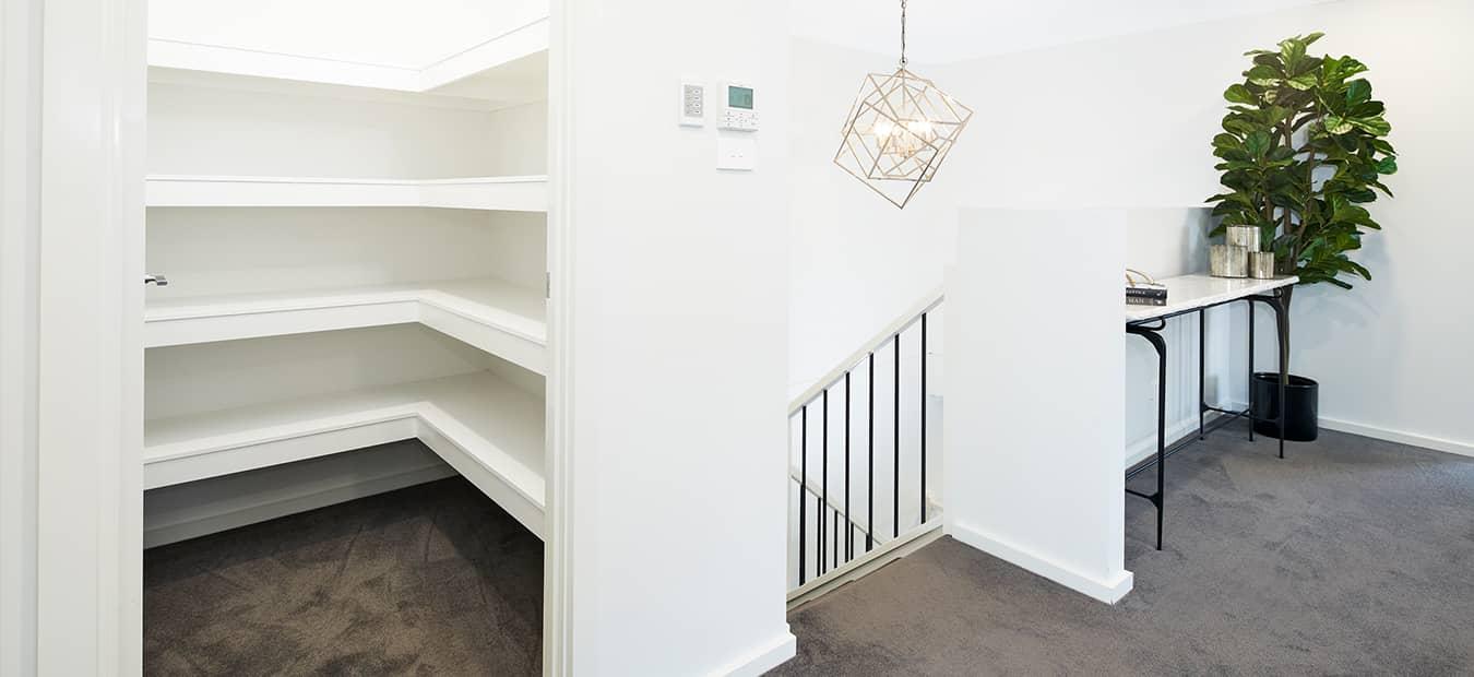 ev-dual-intls-brightontwin-bh-17 Interior